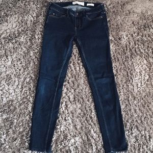 HOLLISTER Dark Denim Jeans
